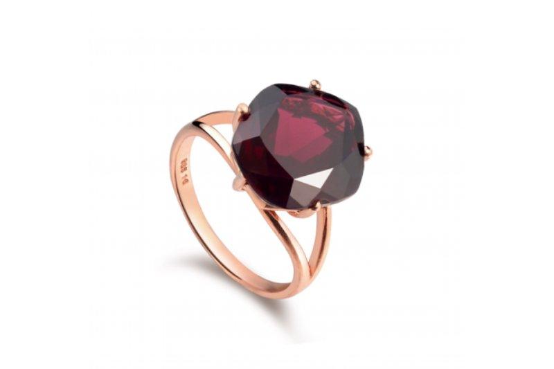 Enchant Garnet Ring